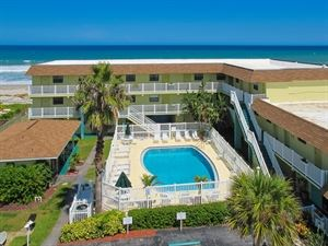Oceanfront Tuckaway Shores Resort