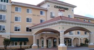 Courtyard Fort Myers at I-75 and Gulf Coast Town Center