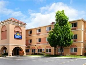 Days Inn & Suites Airport Albuquerque