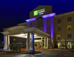Holiday Inn Express & Suites Sherman HWY 75