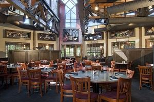 Michael's Cafe Raw Bar & Grill