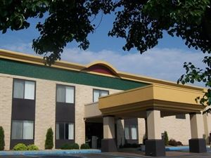 Best Western - Huntington Mall Inn